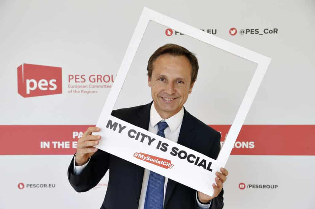 For Social Cities.jpg
