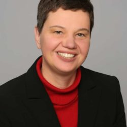 Elena Gil