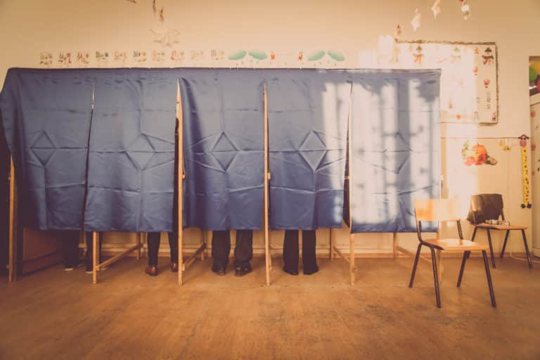 Uncertainties: how to define the 2017 presidential election
