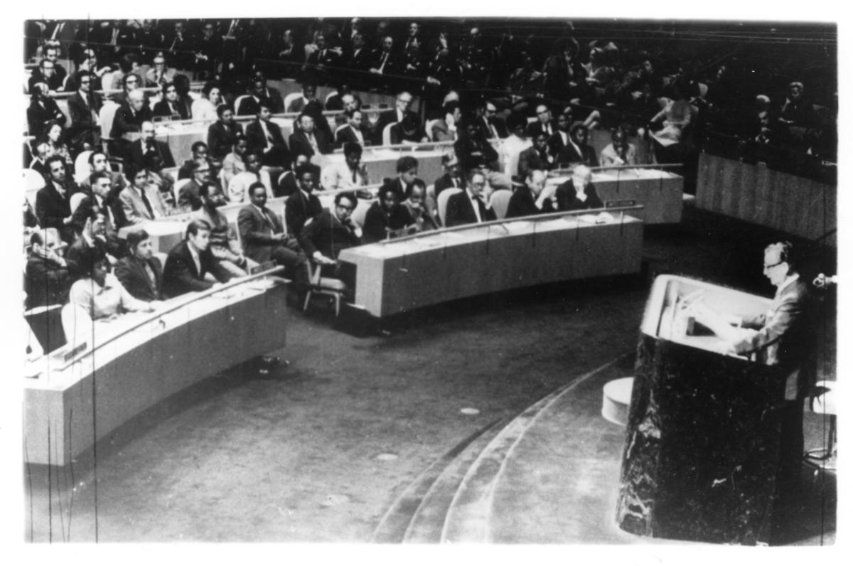 Salvador Allende: respect for the world